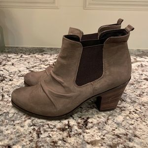 Paul Green Size 8 US 5.5 UK Ankle Boots